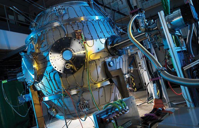 sferyczny tokomak ma umożliwić komercjalizację syntezy jądrowej