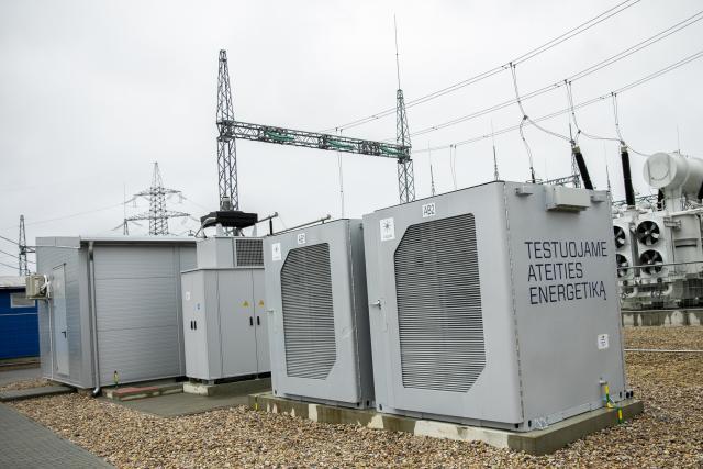 1MW / 1MWh BESS zainaugurowano w podstacji w Wilnie na Litwie.